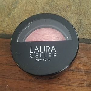 Laura Geller